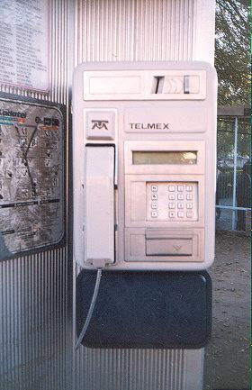 "This amazingly clean TelMex was found in downtown Mexico City.</BR>Sent in by: The Almighty Grunge Bunny</BR><span class=""date-display-single"" property=""dc:date"" datatype=""xsd:dateTime"" content=""1996-03-23T00:00:00+00:00"">Mar 23, 1996</span>"