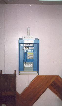"Cellular payphone in Adean cable-car station; exclusively accepts chip crads.</BR>Sent in by: Henry Matisse</BR><span class=""date-display-single"" property=""dc:date"" datatype=""xsd:dateTime"" content=""1997-07-29T00:00:00+00:00"">Jul 29, 1997</span>"