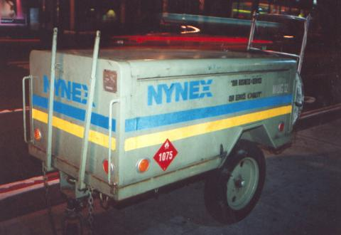 "These toolboxes we're left all over NYC.  What keeps people from stealing them?  (Honesty)</BR>Sent in by: Almost Stealth</BR><span class=""date-display-single"" property=""dc:date"" datatype=""xsd:dateTime"" content=""1996-06-19T00:00:00+00:00"">Jun 19, 1996</span>"